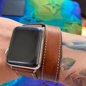 Hermès Series 2 Apple Watch 38mm double tour